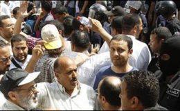 تیونس:مظاہرین نے حملہ کرکے پولیس تھانے کو نذرآتش کردیا