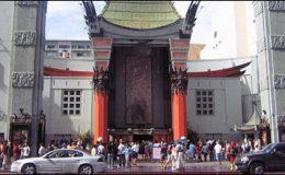 امریکہ : فلم کے پریمیئر پر تھیٹر کے باہر عوام کی ہنگامہ آرائی