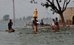 سندھ، بارشوں کی تباہ کاریاں جاری، سات لاشیں برآمد