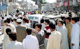 کراچی : باپ بیٹا اور پولیس اہلکار سمیت7 ہلاک ہوگئے