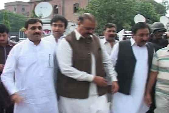 لاہور : پولیس کا شوکت بسرا کو گرفتار کرنے سے انکار