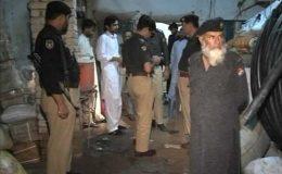 پشاور: ہزاروں ڈائنامائیٹ اسٹکس اور اسلحہ برآمد