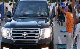 عمران خان کے قافلے پر فائرنگ، حملہ علی موسیٰ گیلانی کے گارڈز نے کیا: پی ٹی آئی