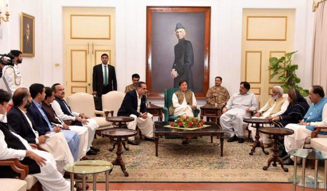 پی ٹی آئی سندھ میں ایک اور صوبہ بنانے کیخلاف ہے، وزیراعظم عمران خان