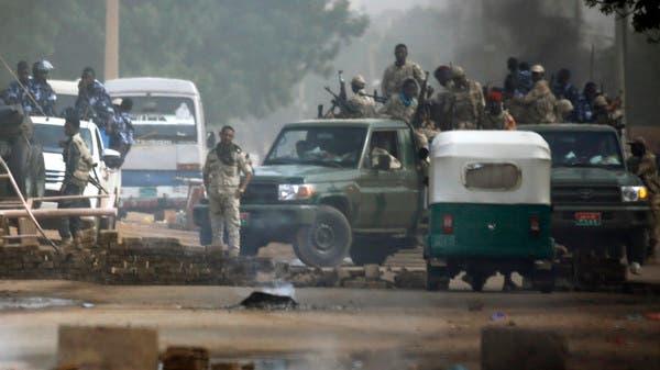 سوڈان : سکیورٹی فورسز کا مظاہرین کے احتجاجی کیمپ پر دھاوا، فائرنگ، 30 سے زیادہ افراد ہلاک