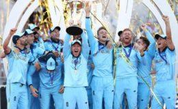 نیوزی لینڈ کو شکست دیکر انگلینڈ پہلی بار کرکٹ کا عالمی چیمپئن بن گیا