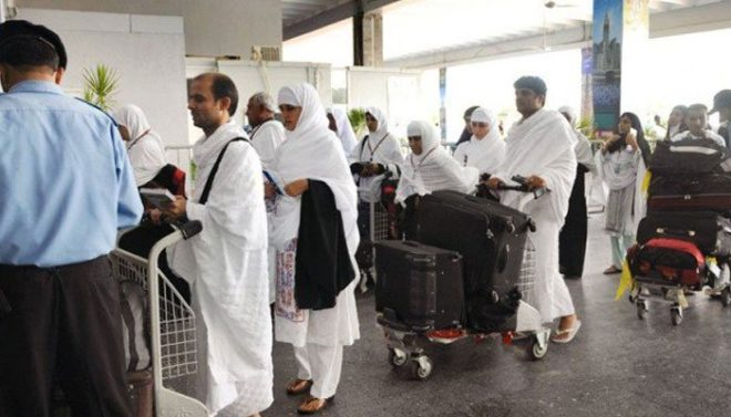 پہلی حج پرواز 214 عازمین کو لے کر لاہور سے مدینہ روانہ