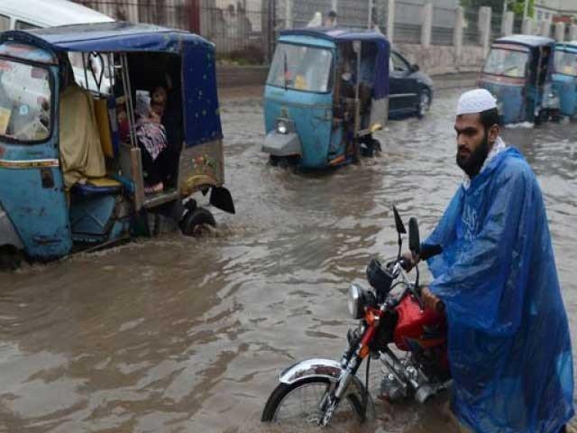 خیبرپختونخوا میں بارش سے 5 افراد جاں بحق، چترال میں سیلابی صورتحال
