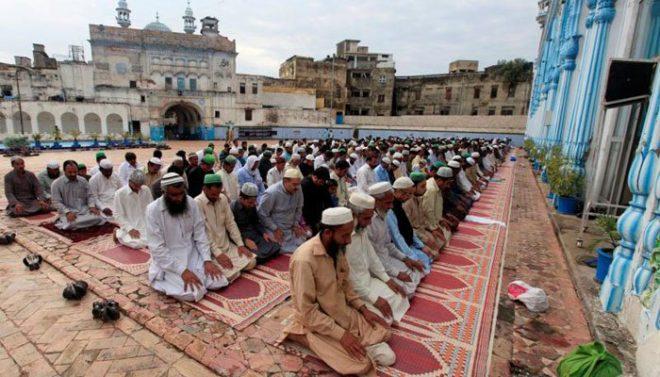 ملک بھر میں عید الاضحیٰ کے اجتماعات، سنت ابراہیمی کی ادائیگی جاری