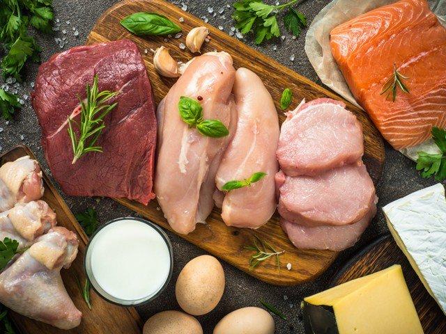 گوشت نہیں کھائیں گے تو… کند ذہن ہو جائیں گے!