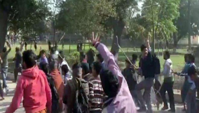 قصور: تین بچوں کا زیادتی کے بعد قتل، مشتعل شہریوں کا احتجاج، تھانے پر حملہ کر دیا