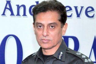 کراچی کے سابق پولیس چیف شاہد حیات انتقال کر گئے