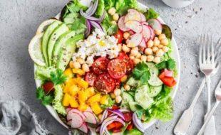 کچی سبزیاں اور پھل کھائیے، ڈپریشن بھگائیے
