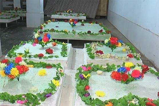 جشن عید میلاد، فیصل آباد اور چنیوٹ میں 63 من وزنی، قصور میں 1063 پونڈ کا کیک تیار