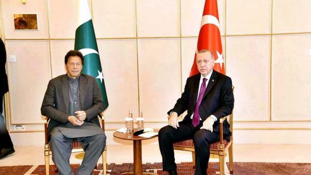 صدر رجب طیب ایردوان کی وزیراعظم عمران خان سے ملاقات، اہم علاقائی وبین الاقوامی امور پر تبادلہ خِیال