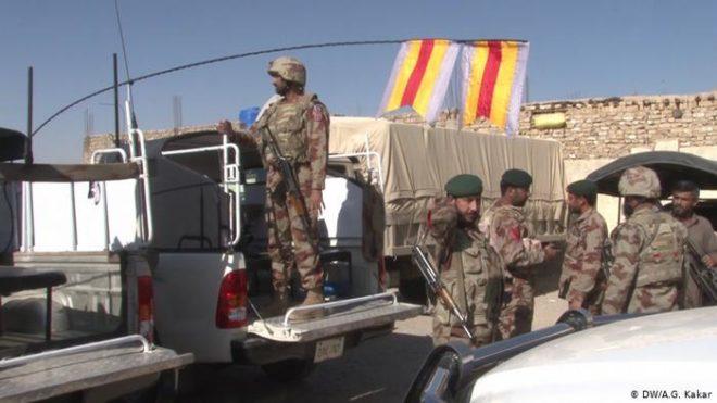 چار بلوچ خواتین کی گرفتاری، چار سکیورٹی اہلکار اغوا