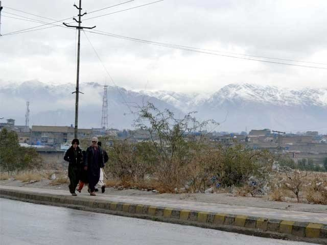 شدید ٹھنڈ، ملک بھر میں بارشیں، پہاڑوں پر برف باری، سلسلہ 2 روز جاری رہے گا