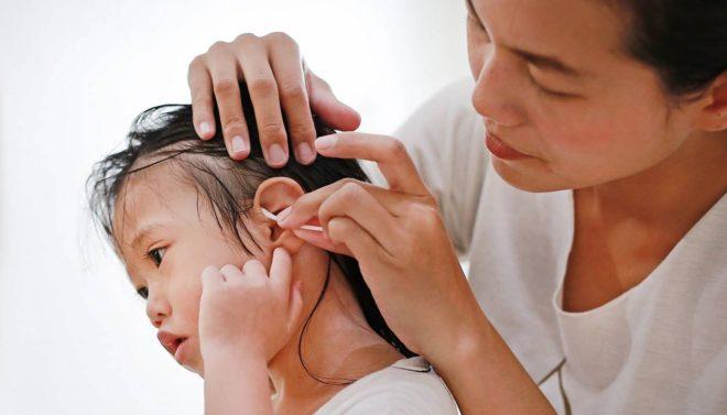 کانوں کی صفائی کیلئے درست تصور کیے جانیوالے غلط طریقے