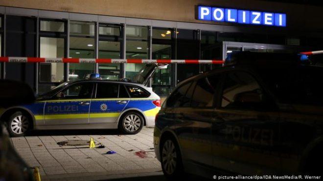 جرمن پولیس نے چاقو سے حملہ کرنے والے کو ہلاک کر دیا