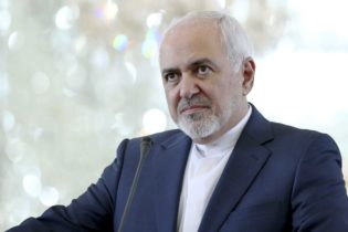 جوہری معاملہ اقوام متحدہ میں اٹھایا گیا تو ایران معاہدہ توڑ دے گا: جواد ظریف