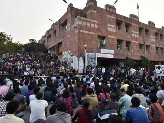 جواہر لعل یونیورسٹی میں ہندو انتہا پسندوں کے حملے میں زخمی طلبا پر ہی مقدمہ