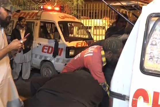 کراچی: ہائی روف وین کی رکشے کو ٹکر، جاں بحق افراد کی تعداد 8 ہوگئی
