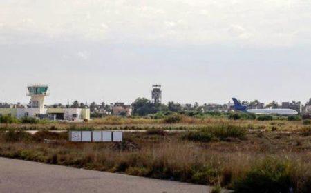 لیبی فوج نے معیتیقہ ہوائی اڈے کو'نو فلائی زون' قرار دیا