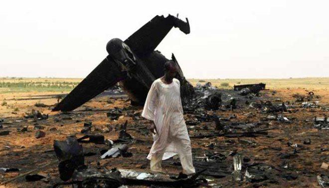 فوجی طیارہ گر کر تباہ، تین ججوں سمیت 18 افراد ہلاک