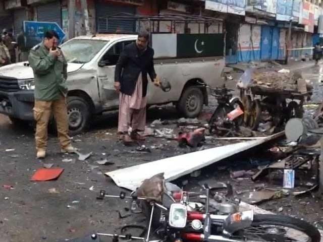 کوئٹہ میں فورسز کی گاڑی کے قریب دھماکے میں 2 افراد جاں بحق، 12 زخمی