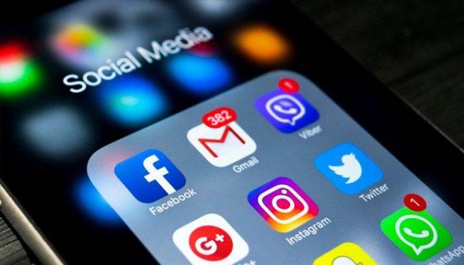 سوشل میڈیا اور ہم