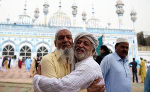 عید اور رسم مصافحہ