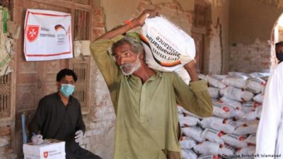 Help Pakistani Citizens