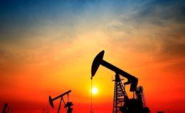 عالمی منڈی میں تیل کی قیمتیں ایک بار پھر نیچے آ گئیں