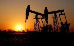 پاکستان کا تیل کی گرتی ہوئی قیمتوں سے فائدہ اٹھانے کیلئے اقدام