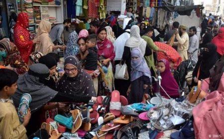 عید کی چھٹیوں میں پاکستانیوں نے کورونا کو بُھلا دیا