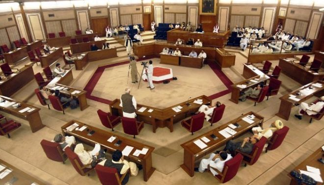 بلوچستان اسمبلی: اپوزیشن لیڈر کو 'ٹوپی ماسٹر' کہنے پر ایوان میں ہنگامہ