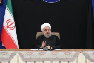 امریکی پابندیاں ایرای معیشت کو تباہ کرنے میں ناکام رہی ہیں، صدر ایران