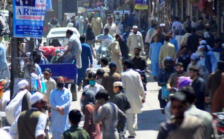 آبادی بم کی ٹک ٹک جاری: پاکستان اب دنیا کا پانچواں بڑا ملک