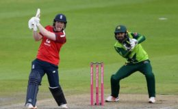 دوسرا ٹی ٹوئنٹی: انگلینڈ نے پاکستان کو 5 وکٹوں سے شکست دے دی