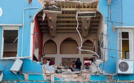 بیروت دھماکوں کی بین الاقوامی تفتیش نہیں ہو گی، لبنانی صدر