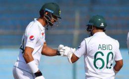 مانچسٹر ٹیسٹ: بابر کی نصف سنچری، پاکستان نے 2 وکٹوں پر 139 رنز بنا لیے