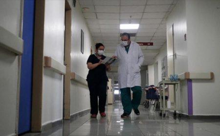 ترکی میں یومیہ کورونا مریضوں کی تعداد دوبارہ سے 1 ہزار سے تجاوز کر گئی