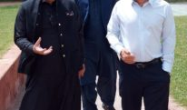 چیئرمین اقرا یونیورسٹی حنید لاکھانی سے پروفیسر ڈاکٹر عبد الرحمن چوہدری کی ملاقات