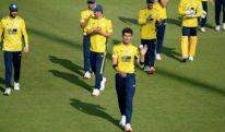 شاہین آفریدی ٹی ٹوئنٹی میں 4 گیندوں پر 4 وکٹیں لینے والے پہلے پاکستانی بولر بن گئے