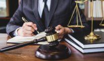 (پیشہ ور اور کالے کوٹ والے وکلاء میں فرق (حصہ اول