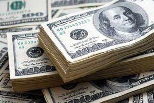 روپے کے مقابلے میں ڈالر کی قدر مزید بڑھ گئی
