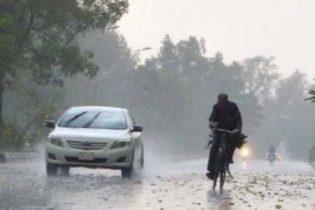 کراچی: ہلکی بارش سے موسم سرد، مزید ٹھنڈی ہوائیں چلنے کا امکان