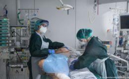 کورونا وائرس: متاثرین کی عالمی تعداد نو کروڑ سے بڑھ گئی