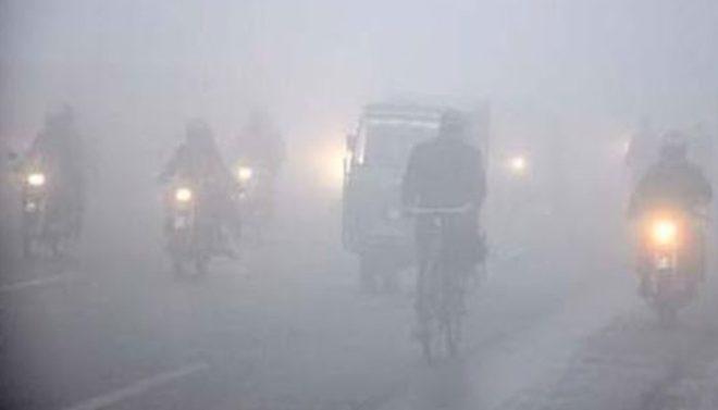 پنجاب کے مختلف شہروں میں شدید دھند، حادثے میں 4 افراد جاں بحق