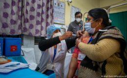 بھارت: کووڈ ویکسین کی ترسیل شروع